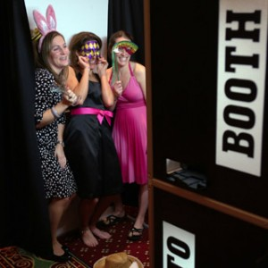 Pop Photo Booth - Photo Booths in Miami, Florida