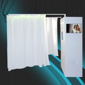 Posharazzi Photo Lounge - Photo Booths / Venue in Newport Beach, California