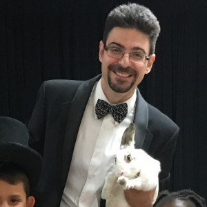 Prestino's Magic Show - Magician / Family Entertainment in Long Island, New York