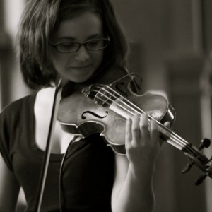 Professional and Elegant Classical Music - Violinist in Ann Arbor, Michigan