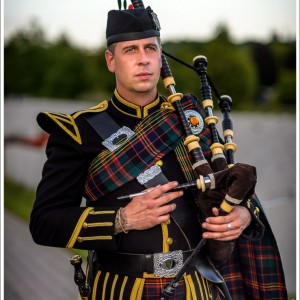 Jean-Nicholas Gravel - Professional Bagpiper - Bagpiper / Celtic Music in Ottawa, Ontario