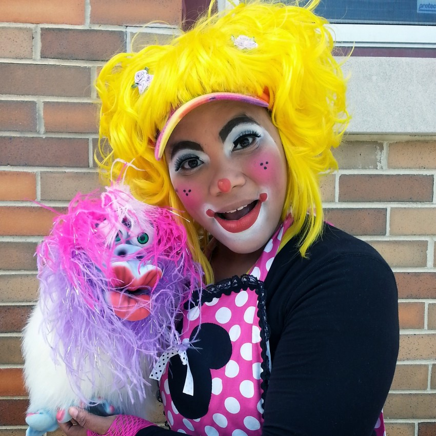 Hire quinn entertainment clown in philadelphia pennsylvania for Face painting clowns for birthday parties