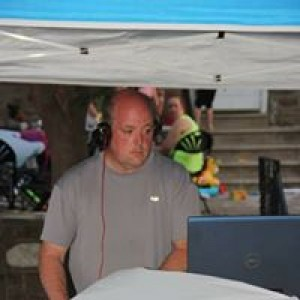 R & R DJ Entertainers - Mobile DJ / Outdoor Party Entertainment in Philadelphia, Pennsylvania