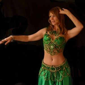 Raine Raqs - Belly Dancer in Blue Bell, Pennsylvania