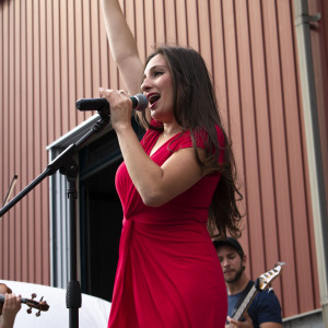 Raquel de Souza - Country Band / Southern Rock Band in New Rochelle, New York