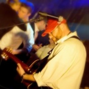 Ray Pasnen - Singing Guitarist / Wedding Musicians in Medway, Maine