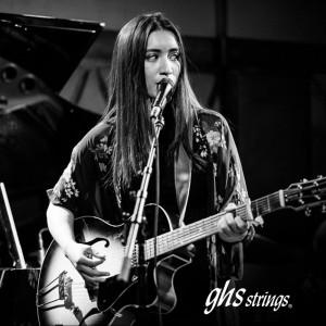 Raye Zaragoza - Singing Guitarist / Acoustic Band in Beverly Hills, California