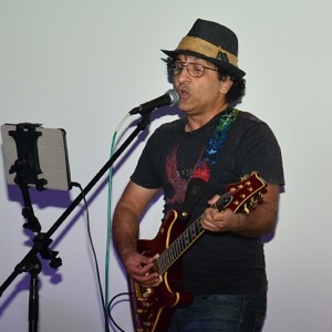Raza - Singing Guitarist in Costa Mesa, California