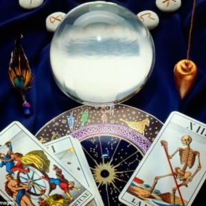 Readings by Hilary - Psychic Entertainment / Tarot Reader in Las Vegas, Nevada