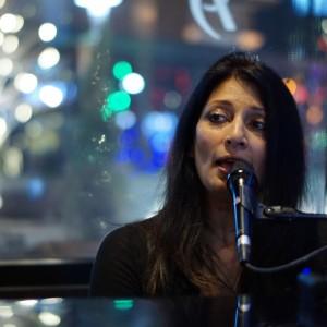 Rekha Ohal - Jazz Singer / Wedding Singer in Denver, Colorado