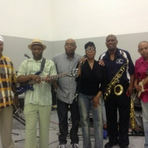 Return II Soul - Wedding Band in Dolton, Illinois