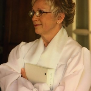 Rev. Elizabeth Edmonds - Wedding Officiant in Greensboro, North Carolina