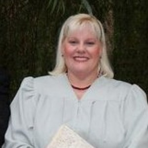 Rev. Victoria Burnett - We R One Weddings - Wedding Officiant in Aurora, Illinois