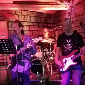 Rewind Live - Classic Rock Band in Bellmore, New York