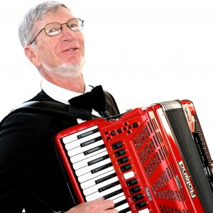 Richard Noel Digital Accordionist - Accordion Player / One Man Band in Bakersfield, California