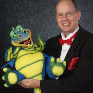 Rikki Laugh Entertainment - Comedy Magician / Balloon Twister in Lynchburg, Virginia