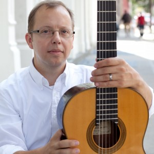 Robert Brown, classical guitarist