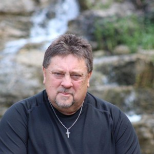 Robert Russell - Singer/Songwriter in Springfield, Missouri