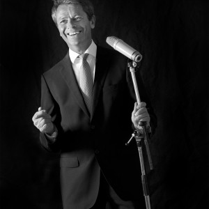Robert Young Crooner - Crooner in Calgary, Alberta