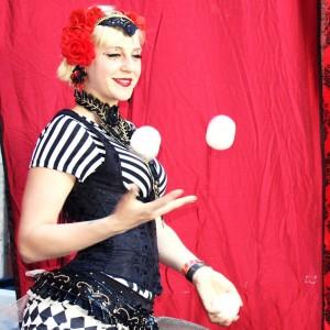 Robin Lara Circus Variety - Circus Entertainment in Oakland, California