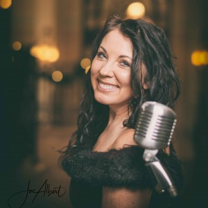 Robin Roseberry, Vocalist - Singer/Songwriter in Canton, Ohio