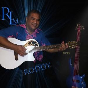Roddy - Singing Guitarist in Honolulu, Hawaii