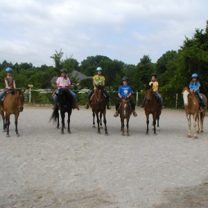 Rolling Hills Farm Equestrian Center - Pony Party in Friendsville, Tennessee