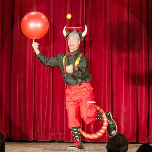 Roly The Entertainer - Juggler / Balancing Act in Houston, Texas