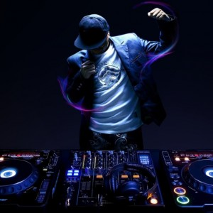 "Roof is on Fire ""DJ Joe"" - DJ / College Entertainment in Jeannette, Pennsylvania"