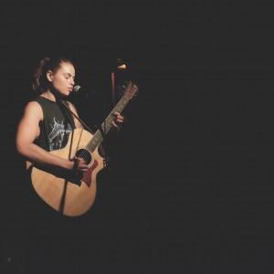 Rowan Schoales - Singing Guitarist in Denver, Colorado