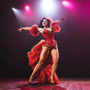 Roxi D'Lite - Burlesque Entertainment in Detroit, Michigan