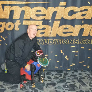 Russ and Diskey The Dynamic Disc Duo - Animal Entertainment in Branson, Missouri