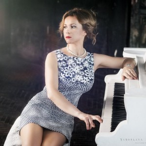 Sabine - Jazz Pianist in Los Angeles, California