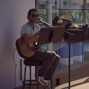 Sam Barker - Singing Guitarist in Nashville, Tennessee