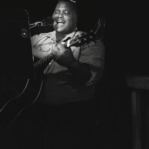 Samuel T Robertson IV - Singing Guitarist / Praise & Worship Leader in Dallas, Texas