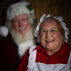 Santa and Mrs Claus - Santa Claus / Holiday Party Entertainment in Greenville, North Carolina