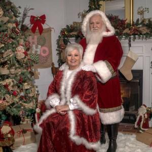 Santa and Mrs. Claus - Santa Claus in Tunnel Hill, Georgia