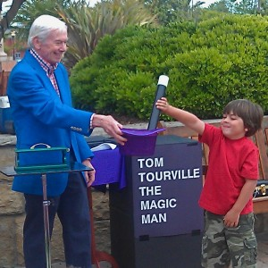 Santa Barbara Magician-Tom Tourville - Children's Party Magician / Strolling/Close-up Magician in Santa Barbara, California