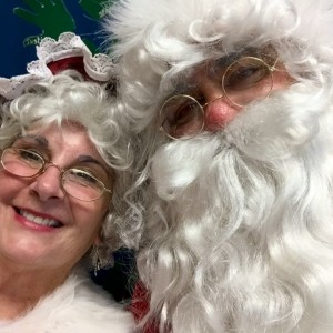 Santa Claus & Mrs. Claus - Santa Claus / Mrs. Claus in Westport, Massachusetts