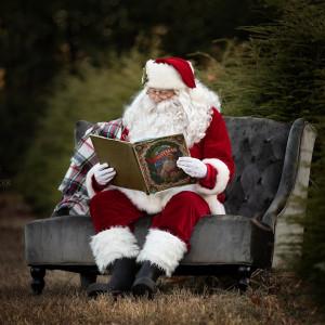 Santa Ken - Santa Claus / Actor in Orange, Massachusetts
