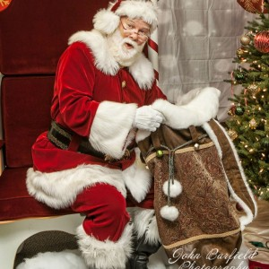 Santa Magic - Santa Claus in Lawrenceville, Georgia