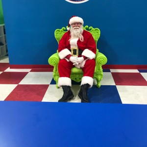 Santa - Santa Claus in Mundelein, Illinois