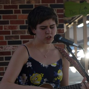 Sarah Corbett - Singing Guitarist / Acoustic Band in Topeka, Kansas