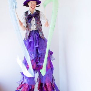 Sarah Liane Foster - Stilt Walker / Mime in Seattle, Washington