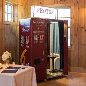 Saratoga Photobooth Company - Photo Booths / Wedding Services in Saratoga Springs, New York