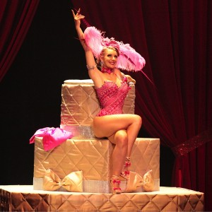 Scarlett James, Countess of Burlesque - Burlesque Entertainment in Montreal, Quebec