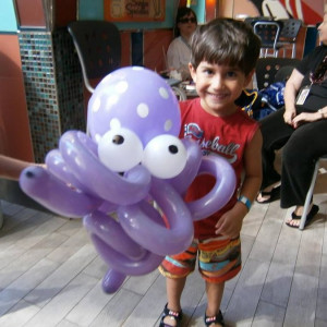 Faceloon - Balloon Twister / Caricaturist in Toronto, Ontario