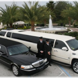 Seattle Cheap Limo - Limo Service Company / Wedding Services in Seattle, Washington