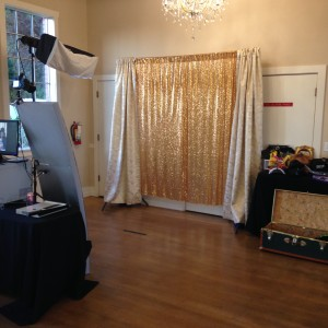 Seattle Facebooth - Photo Booths / Prom Entertainment in Seattle, Washington