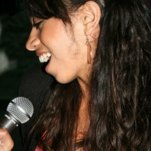 Shani Sunshine - Singing Pianist in Portland, Oregon